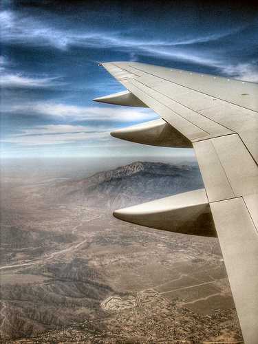 flying-over-the-mountains-rob