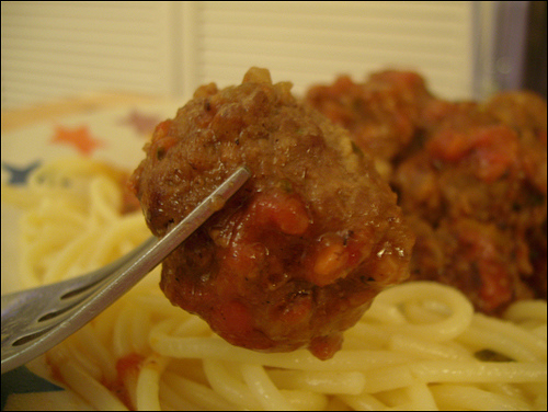 meatballs-and-spaghetti-flem007-uk