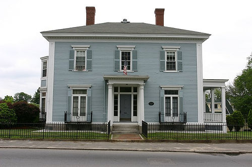 Colonial - ReneS