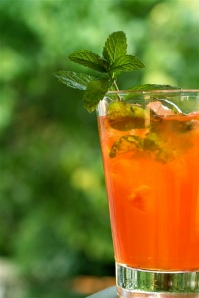Bourbon Mint Tea - thebittenword dot com